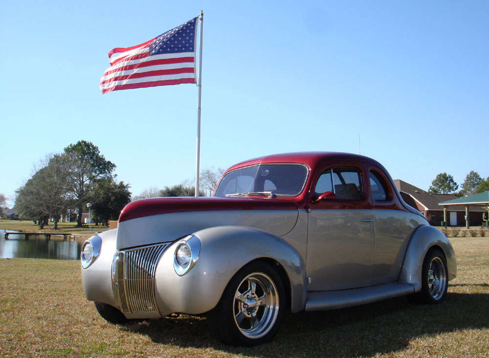 Take a look at this incredibly sharp 1940 ford splitwindow coupe a